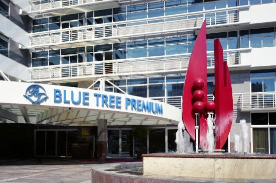 Blue Tree Premium Verbo Divino: Frente do Hotel