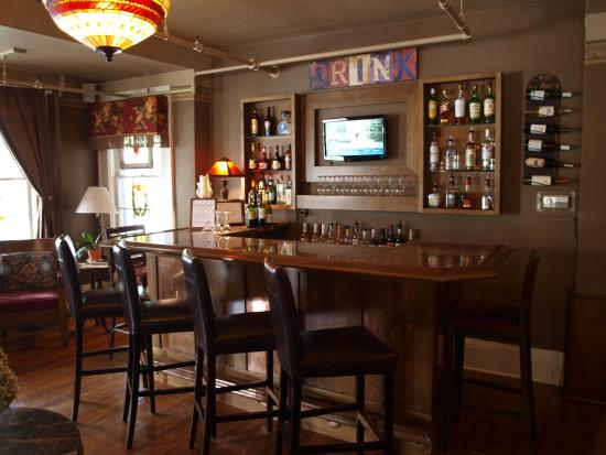 Inn on Church: The Bar