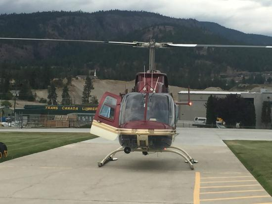 West Kelowna, Canadá: Touring Helicopter