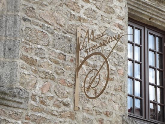 Cervieres, Γαλλία: enseigne