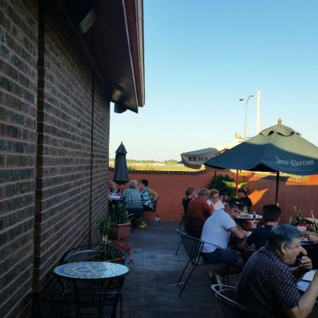 Jalapeno Loco Mexican Restaurant: The outdoor patio