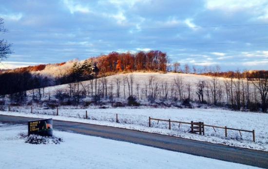 Sunset Ridge Log Cabins : morning sun rise