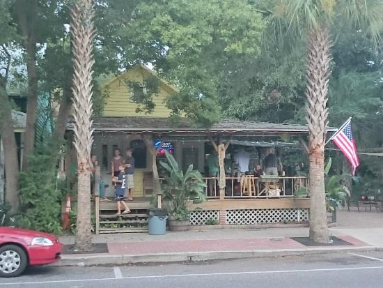 Green Turtle Tavern: I felt like I was in Key West! Which is a good thing!