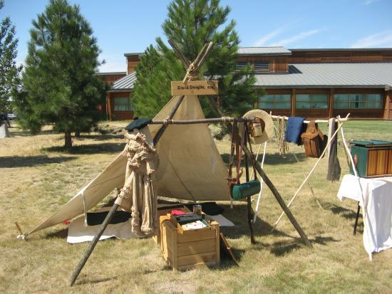Tamastslikt Cultural Institute: Living History Village