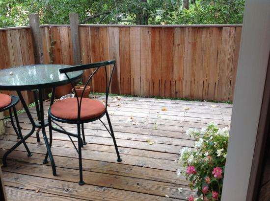 Washington Street Lodging: Room 3 deck