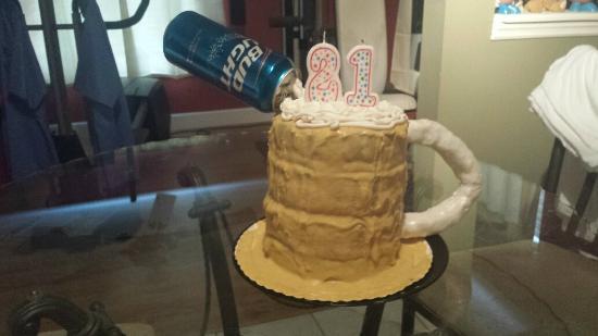 Awe Inspiring 21St Birthday Bud Light Cake Picture Of My Cupcake Insanity Funny Birthday Cards Online Elaedamsfinfo