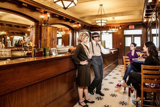 Mahogany Bar at Hotel Selkirk