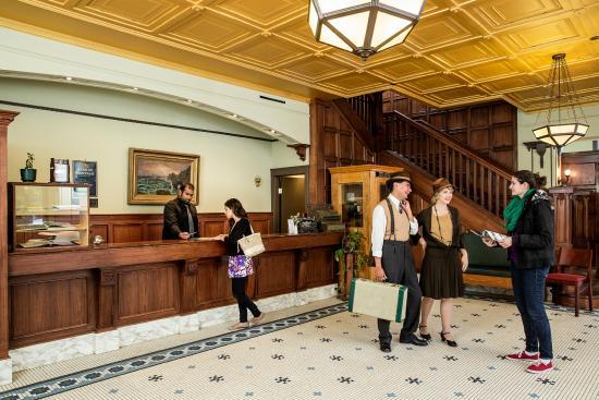 Hotel Selkirk Lobby