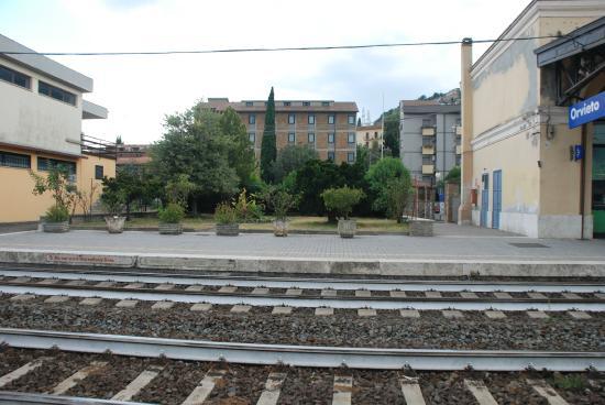 Orvieto Rail Station: на станции