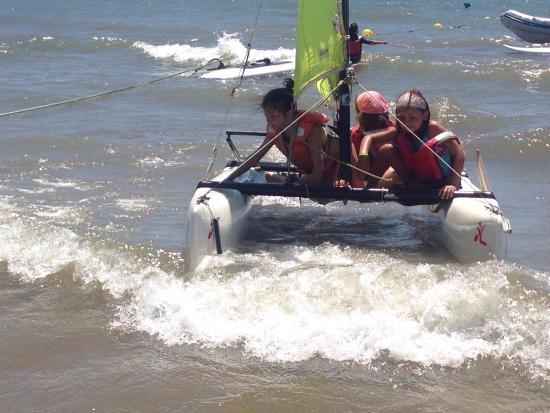 Kanela Sailing School: Curso de catamarán
