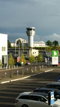 Best Western Plus Sthlm Bromma: View from room 240. Bromma airport.