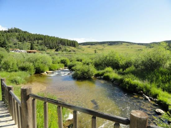 Paradise Guest Ranch: Stream flowing through the ranch