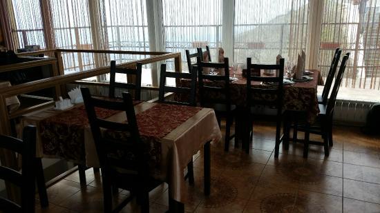 Cafe Orlinoye Gnezdo
