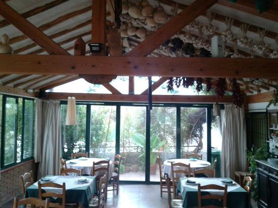 Venta El Frontil: Comedor con agradables vistas a la naturaleza