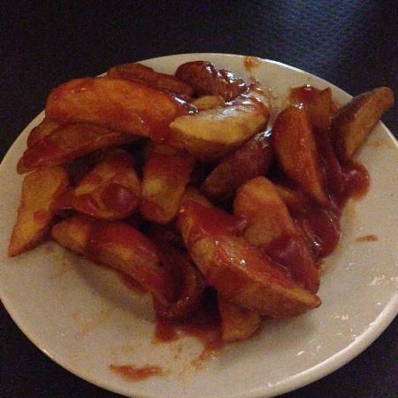 Cafeteria Vistasol: Si te gusta el picante, pide unas bravas!!!