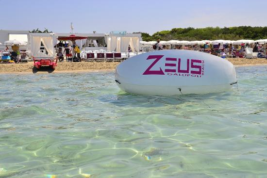 Zeus Beach: Lido