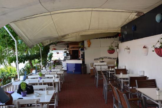 Lila Cafe Bistro