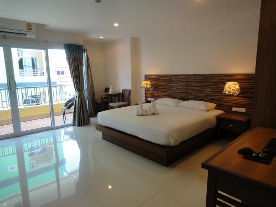 D Xpress Apartments