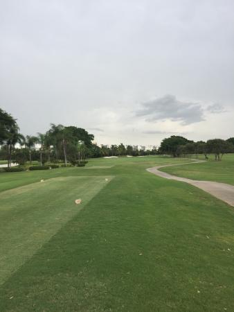 The Diplomat Golf & Tennis Club: Great course!