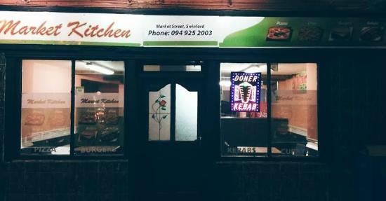 Swinford, Ιρλανδία: market kitchens new look