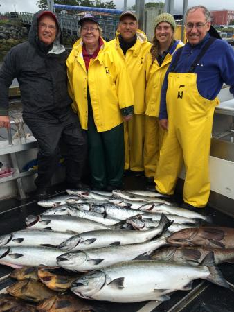 Wild Strawberry Lodge: Our last day: no halibut but good kings / silvers / ling cod / rockfish.
