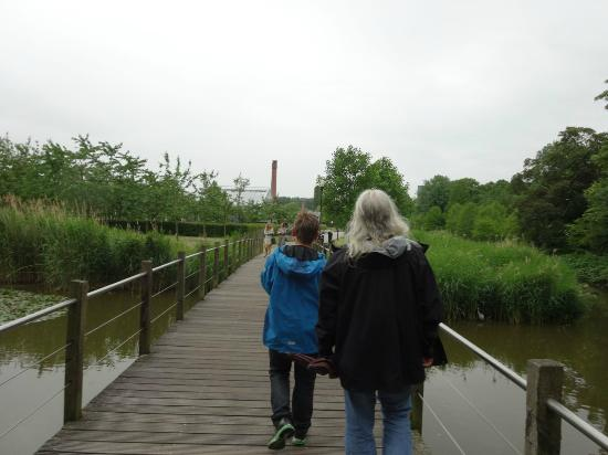 Bridge leading over to De Kas