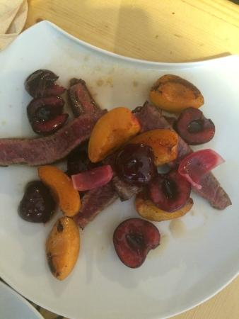 Solides Comme Cochons : Fantastic flavor mix with this beef dish. Guy is a genius