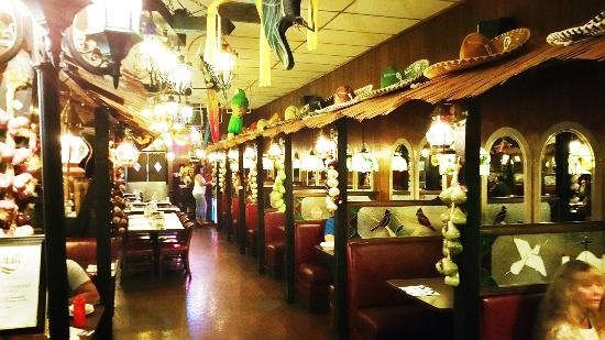 Las Palmas Mexican Restaurant Dinning Room