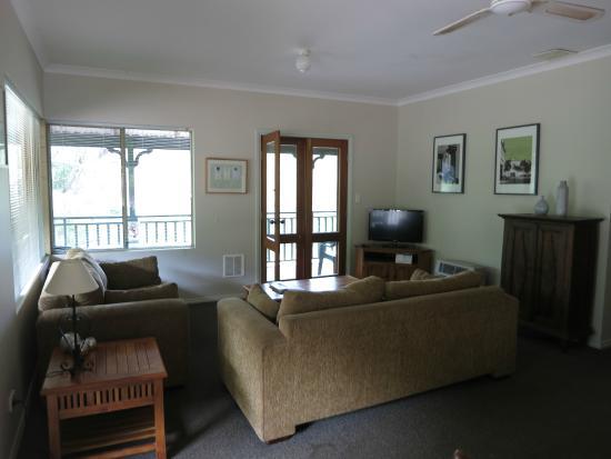 Yallingup Forest Resort : Living area