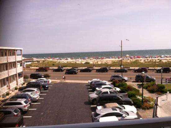 Avondale by the Sea: view from 3rd floor