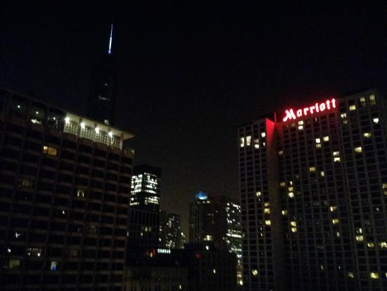 Inn of Chicago: View from the rooftop bar...