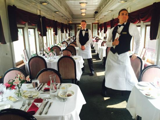 essex steam train dinner reviews