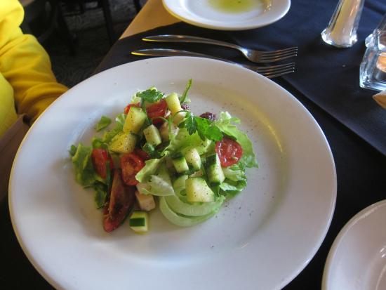 Waterfront Restaurant: salad