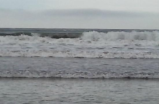 Easton's Beach : waves duude!