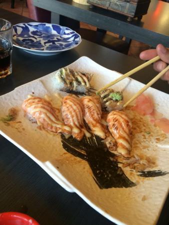Moon's Sushi