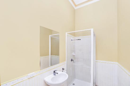 The York Palace Hotel and Terraces : Classic bathroom