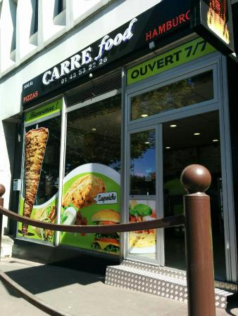 Charenton-le-Pont, France : CARRE FOOD