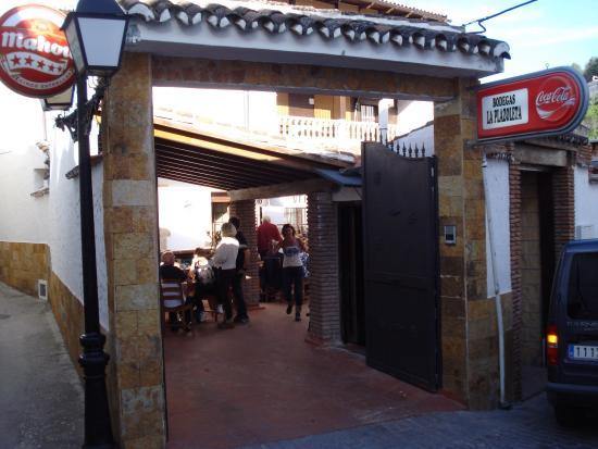 imagen BODEGA LA PLAZOLETA Pub Asador en Monda