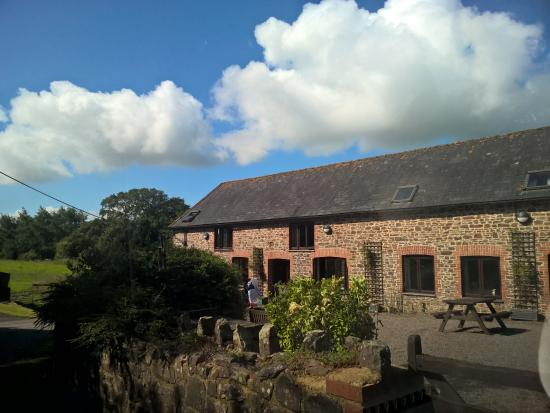 Otter Lake Picture Of Newhouse Farm Cottages Witheridge