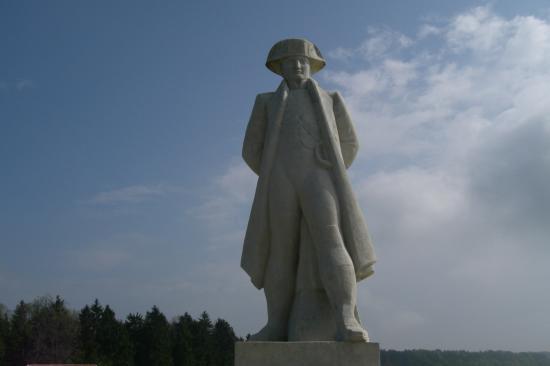 Auberge de la Vallee: Monument sur le Chemin des Dames