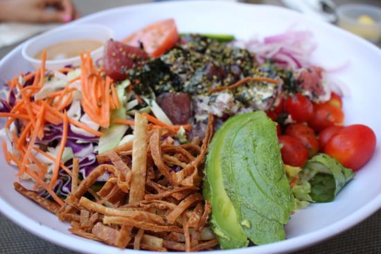 Kalapaki Joe's : Ahi Poke Crunchy Salad
