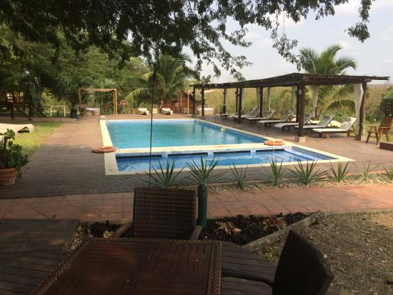 Mubanga Lodge: Lodge grounds.