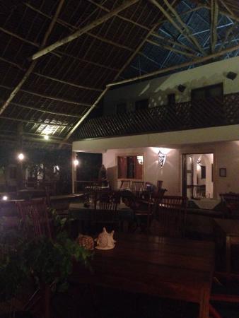 Villa Kiva Resort and Restaurant: Perfetto per una cena rilassante e romantica. Cucina fresca e variegata, ampia scelta sia di pe
