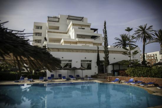 Piscine photo de residence intouriste aparthotel agadir for Residence piscine