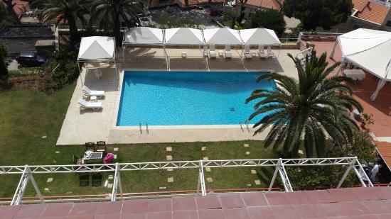 Al Bustan Hotel & Spa: Swimming Pool
