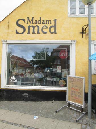 Madam Smed