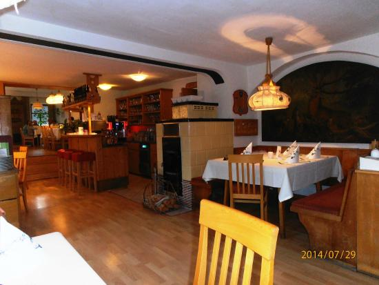 Gutshof zum Schluxen : Le restaurant de l'hôtel