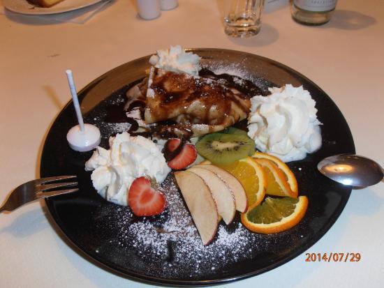 Gutshof zum Schluxen : Le dessert Eispalatschinke