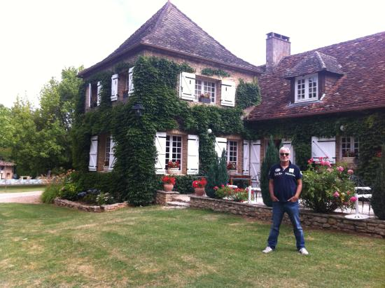 Mauzac, Francja: Haupthaus mit Terrasse