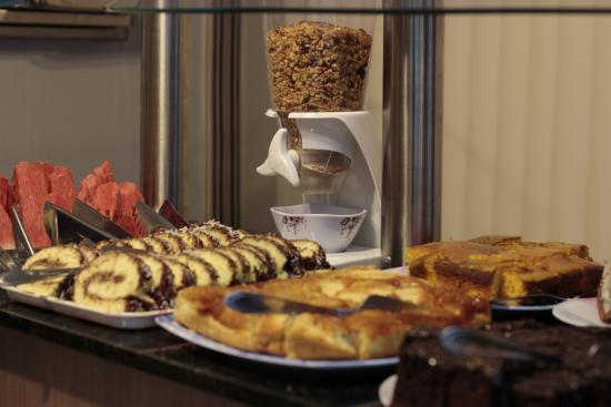 Hotel Flor Foz: Café da Manhã